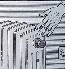 Не пипайте метални предмети, ако държите в ръцете си включен в електрическата мрежа уред