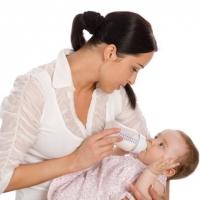 Бебешките млека – различни за момичета и за момчета?