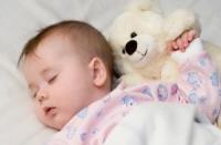Часовете за сън на детето след една година се променят