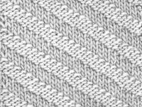 Цветни райета в диагонална форма, тръбообразна плетка и плетене на скъсени редове