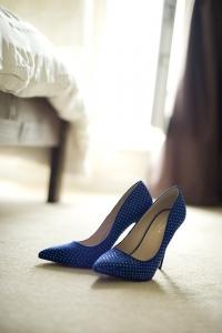 Евтини дамски обувки, които изглеждат добре