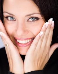 Какво представлява бондинг на зъбите?