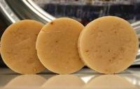 Направете си сапун с магарешко мляко против бръчки, псориазис и екзема