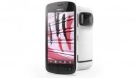Nokia 808 PureView - мобилен телефон с мощна оптична система и с резолюция 41 МП