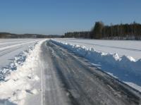 Помощ! Сняг и лед на пътя - как да се справим с тях?