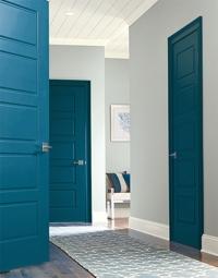 Стил, качество и цена на вратите на вашия дом